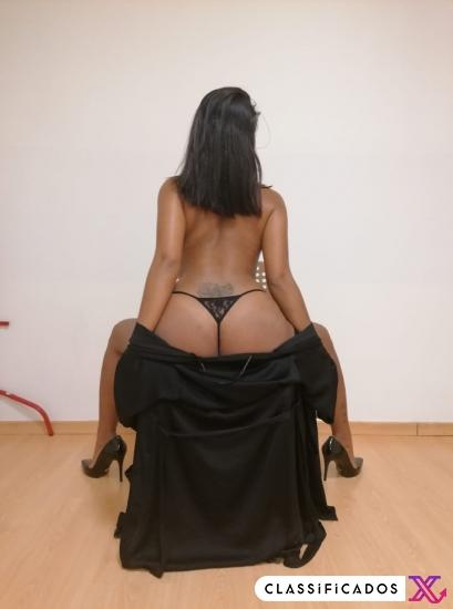 Aretha massagista sensual e exótica