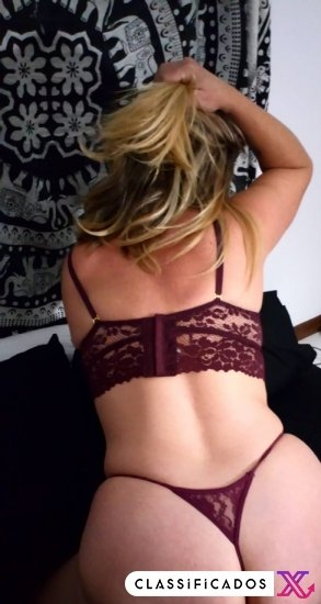 Samira hot and sexy
